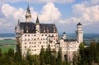 Royal Castles Tour from Frankfurt: Neuschwanstein Castle and Linderhof Palace