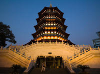 Hangzhou Cultural Tour Including Leifeng Pagoda, China National Silk Museum and Qinghefang Cultural Street