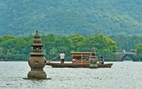 Hangzhou Your Way: Private Full-Day Hangzhou City Transport