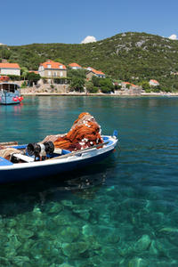 Private Tour: Island-Hopping Cruise by Yacht from Dubrovnik