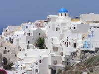 Santorini Shore Excursion: Private Tour of Oia and Fira, including Museum of Prehistoric Thira and Wine Tasting