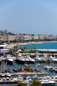 Private Luxury Yacht Cruise from Cannes with Personal Skipper
