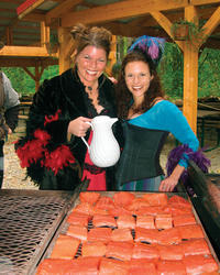 Skagway Shore Excursion: Authentic Salmon Bake in Historical Liarsville