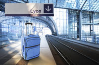 Shared Departure Transfer: Lyon Hotel to Gare de Lyon Saint-Exupéry
