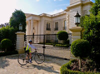 Movie Star Homes GPS Self-Guided Bike Tour