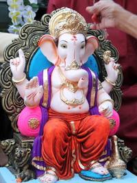 Experience the Ganesh Chaturthi Festival in Mumbai