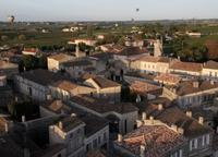Private Hot Air Balloon Tour Over Vineyards from Bordeaux
