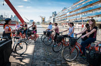 Buenos Aires Bike Tour: Recoleta and Palermo Districts