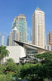 Makati Sightseeing Tour Including Ayala Center and American Cemetery