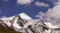 Yuzhu Feng Expedition, Climbing to 6,000 Meters in Tibet