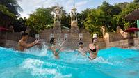 Full-Day Adventure Cove Waterpark Admission Ticket in Singapore