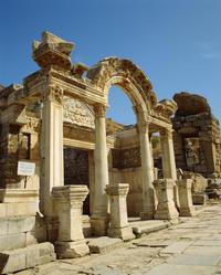 Kusadasi Shore Excursion: Private Half-Day Tour to Ephesus Including the Temple of Artemis and Şirince
