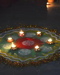 Experience Diwali: Celebrate with a Local Indian Family in Delhi