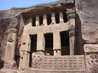 Private Tour: Customizable Mumbai Sightseeing Including Elephanta Caves or Kanheri Caves
