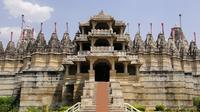 Private Tour: Ranakpur and Kumbhalgarh Fort Day Tour from Udaipur