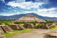 Mexico City in One Day: Teotihuacan Pyramids Early Access and Historical City Sightseeing Tour