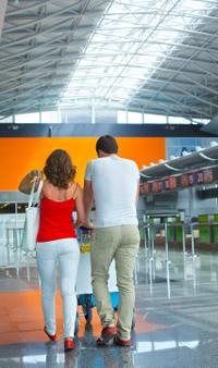Shared Departure Transfer: Hotels to Ixtapa-Zihuatanejo International Airport