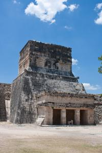 Viator Exclusive: Early Access to Chichen Itza with a Private Archaeologist