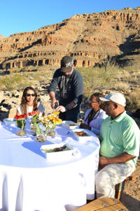 Viator VIP: Grand Canyon by Helicopter with Gourmet Breakfast