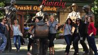Warsaw Small Group Walking Tour Including Entrance Fee to Neon Museum and Local Food and Drink Samples