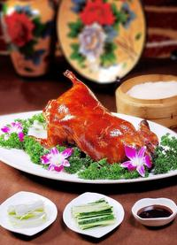 Beijing Tour: the Forbidden City, Hongqiao Market, Acrobatic Show and Gourmet Beijing Duck Dinner