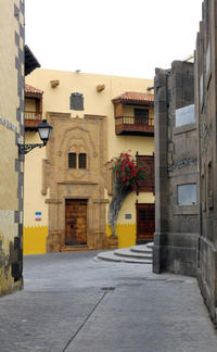 Vegueta Walking Tour Including Canarian Tapas