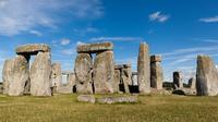 Stonehenge, Bath and the Cotswolds Fully Guided Day Trip from London