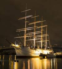 Gothenburg by Night: Photography Walking Tour