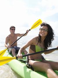 Freeport Shore Excursion: Round-Trip Beach Transfer to Junkanoo Beach Club
