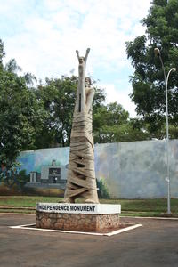 Kampala Walking Tour Including Refugee Community Visits