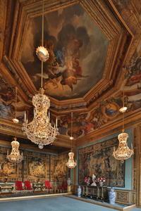 Luxury Evening Experience at Chateau de Vaux-le-Vicomte