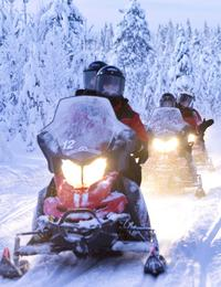 Lapland Snowmobile Safari from Ylläs Including Reindeer Sleigh Ride