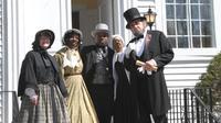 Niagara Falls USA Underground Railroad Heritage Re-enactment Tour with Shopping
