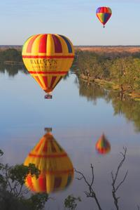 Barossa Valley Hot Air Balloon Ride with Winery Breakfast
