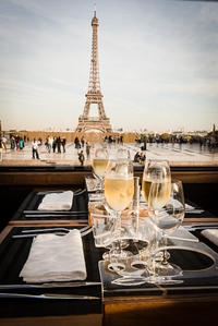 Gourmet Bus Tour of Paris Including Lunch or Dinner