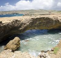 4x4 Tour and Natural Pool Snorkeling in Aruba Including Lunch or Dinner
