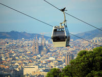 Barcelona 360º Highlights: E-Bike tour, Cable Car and Boat Cruise