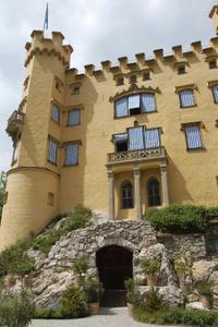 Neuschwanstein Castle Day Trip from Munich with Optional Hohenschwangau Castle Visit or Bike Tour