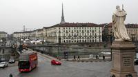 MBun Hamburger Shop and 48 Hours Open Bus Turin