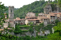 Pyrenees Medieval Village Hike from Barcelona