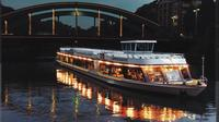 Berlin Sightseeing Dinner Cruise Including a 3-Course Meal and Drinks