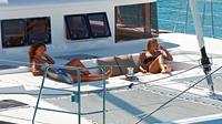 Lagoon 560 Santorini Day Tour