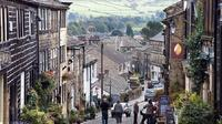 Private Group Haworth, Bolton Abbey and Steam Trains Day Trip from Leeds
