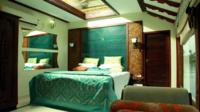 Kochi Private Tour: Overnight Alleppey Backwaters Luxury Houseboat Cruise
