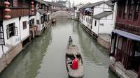 2-Day Private Tour of Shanghai and Zhujiajiao