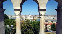 Budapest Walking Tour: Crime and History in Buda Castle