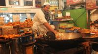 Discover Old Delhi: 4-Hour Evening Walking Tour