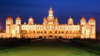 9-Day Monuments Tour from Agra to Bangalore: Taj Mahal, Golconda Fort and Mysore Palace by Air
