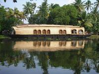 Private Tour: Kerala Deluxe Houseboat Backwater Tour from Alappuzha