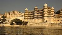 Private Tour: Udaipur City Sightseeing Tour